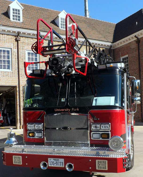 University Park (TX) Fire Department E-ONE Cyclone II Aerial