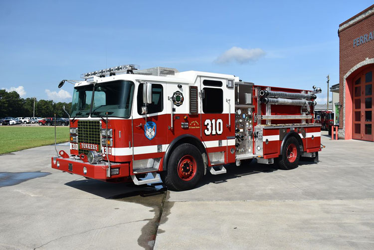 Yonkers (NY) Ferrara 1,000/500 Pumper